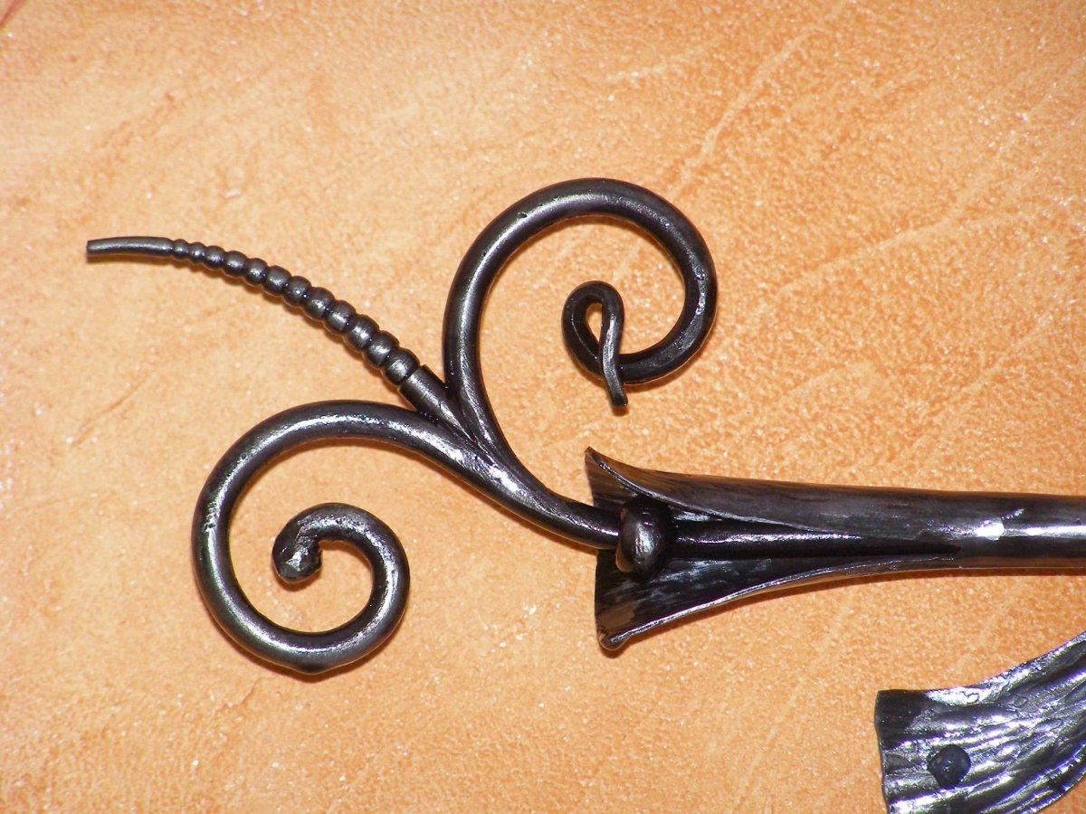 mobilier fer forg tringles rideau sur mesure. Black Bedroom Furniture Sets. Home Design Ideas